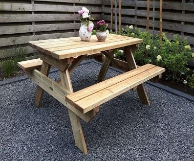 Picknicktafel-Belinda-geïmpregneerd-afgebeeld-1.jpg